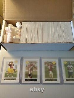 2005 Topps Football Complete Set. Mint to NR-MINT Condition. Aaron Rodgers RC