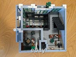 Lego Creator Brick Bank 10251 100% complete set mint condition, with box