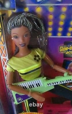 Vintage 1998 complete set of 3 Barbie BEYOND PINK Teresa Christie Doll lot