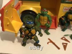 Vtg 1989 Playmates TMNT Party Wagon Van Complete Weapons Lot Set Turtle Rare